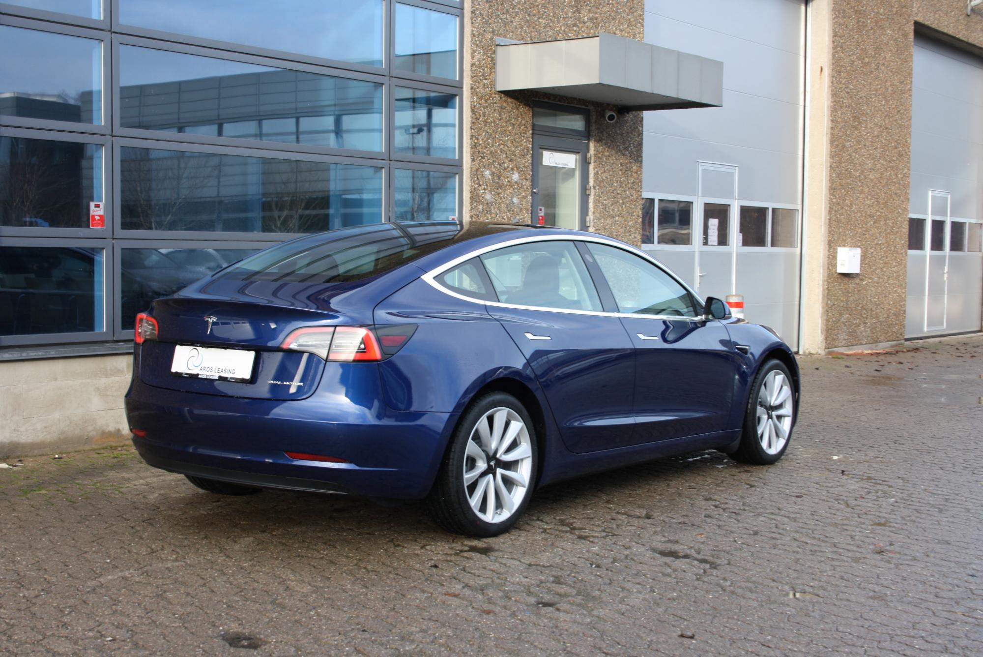 Tesla Model 3 - Long Range - Aros Leasing